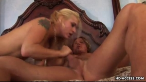 Horny black dude likes to fuck a mature blonde and include a nice blowbang session